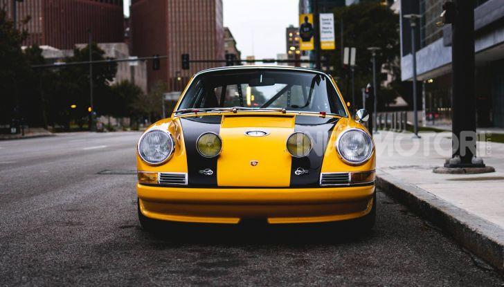 Porsche 911 S 2.7 del 1967 si veste da Bumblebee - Foto 2 di 26