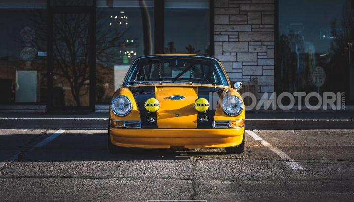 Porsche 911 S 2.7 del 1967 si veste da Bumblebee - Foto 25 di 26