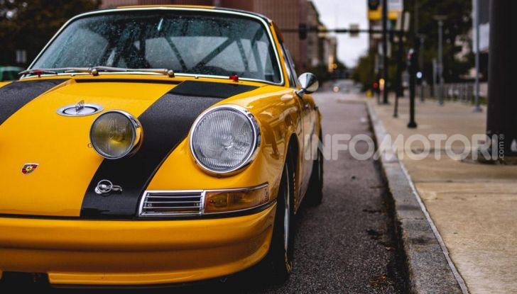 Porsche 911 S 2.7 del 1967 si veste da Bumblebee - Foto 12 di 26