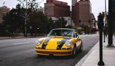 Porsche 911 S 2.7 del 1967 si veste da Bumblebee