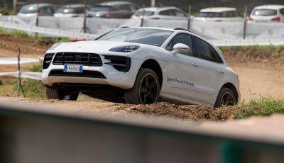 Tutti i segreti per guidare una Porsche in fuoristrada