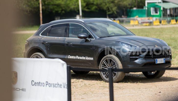 Tutti i segreti per guidare una Porsche in fuoristrada - Foto 3 di 22