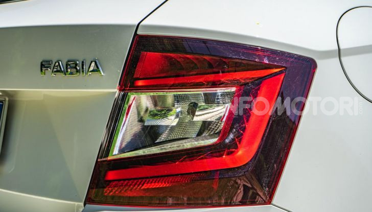 [VIDEO] Prova su strada Skoda Fabia Twin Color 90CV 2019: Auto intelligente! - Foto 18 di 21
