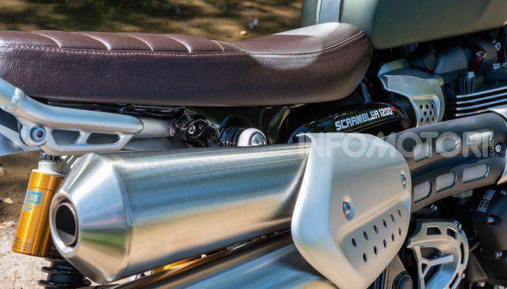 Prova Triumph Scrambler 1200 XC: modern classic dallo stile inconfondibile - Foto 6 di 48