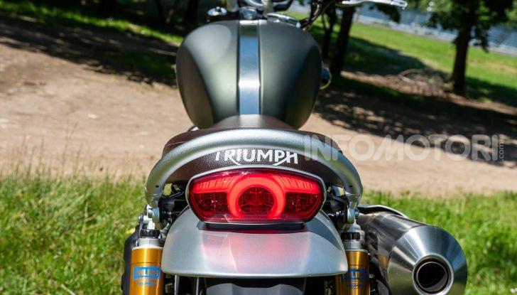 Prova Triumph Scrambler 1200 XC: modern classic dallo stile inconfondibile - Foto 26 di 48