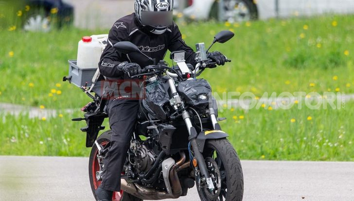 iwa moto topless photo