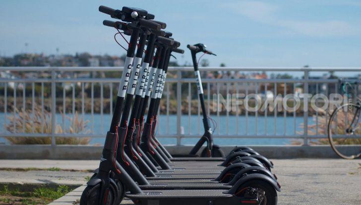 Decreto Micromobilità: semaforo verde a monopattini e hoverboard nelle città italiane - Foto 4 di 10