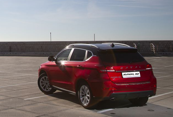 Haval H2, il nuovo SUV compatto bifuel del marchio di Great Wall - Foto 2 di 24