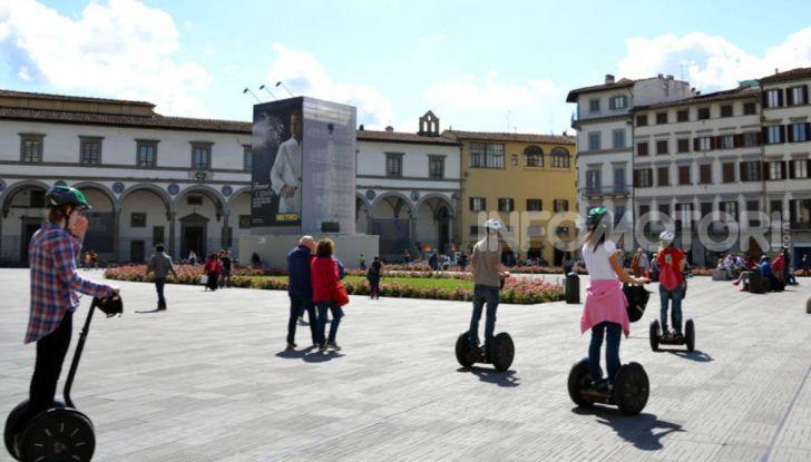 Decreto Micromobilità: semaforo verde a monopattini e hoverboard nelle città italiane - Foto 8 di 10