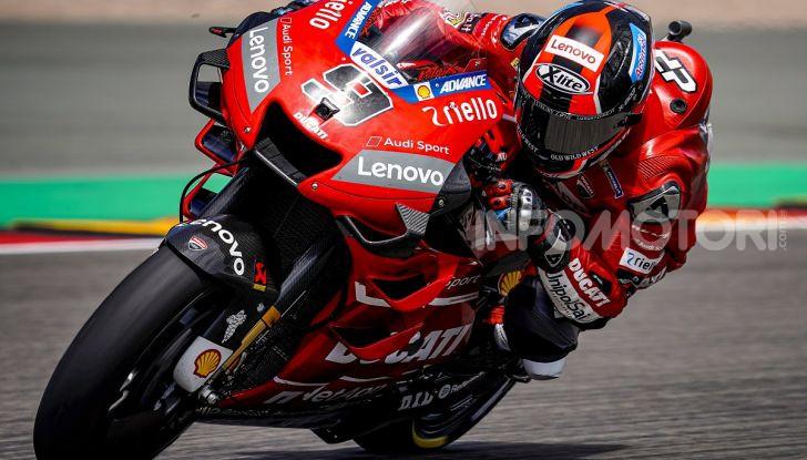 MotoGP 2019, GP della Repubblica Ceca: Marquez piega Dovizioso e vince a Brno, Rossi quinto - Foto 6 di 11