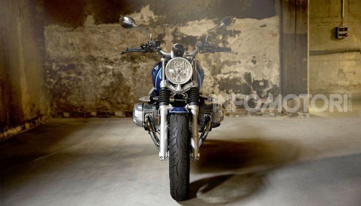 BMW R nineT/5: una special per festeggiare 50 anni di produzione nello stabilimento di Berlino Spandau - Foto 2 di 6
