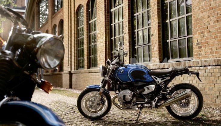 BMW R nineT/5: una special per festeggiare 50 anni di produzione nello stabilimento di Berlino Spandau - Foto 3 di 6
