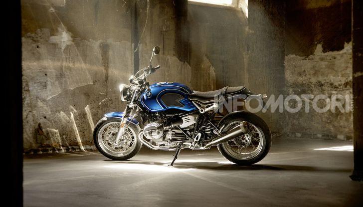 BMW R nineT/5: una special per festeggiare 50 anni di produzione nello stabilimento di Berlino Spandau - Foto 4 di 6