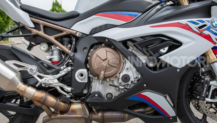 [VIDEO] Prova BMW S1000RR 2019: l'apoteosi dell'eccellenza - Foto 25 di 50