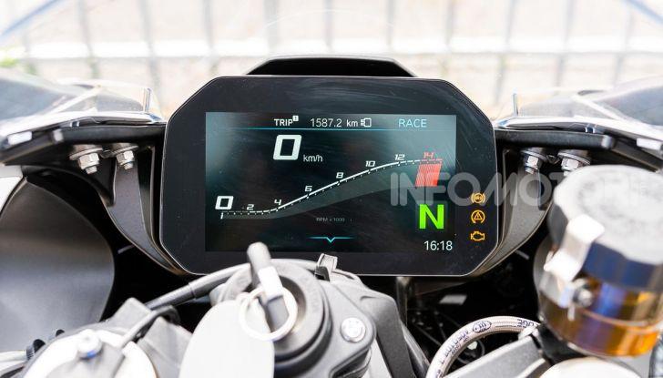 [VIDEO] Prova BMW S1000RR 2019: l'apoteosi dell'eccellenza - Foto 31 di 50