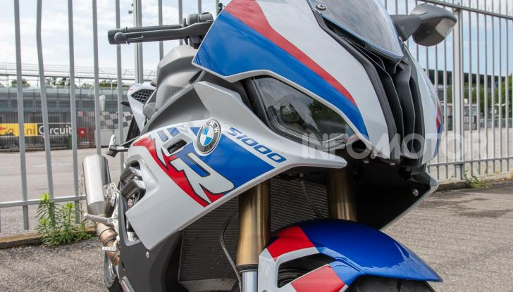 [VIDEO] Prova BMW S1000RR 2019: l'apoteosi dell'eccellenza - Foto 41 di 50