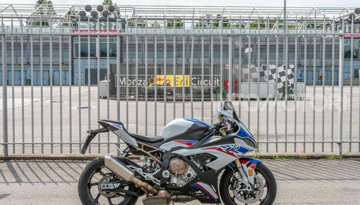 [VIDEO] Prova BMW S1000RR 2019: l'apoteosi dell'eccellenza - Foto 50 di 50