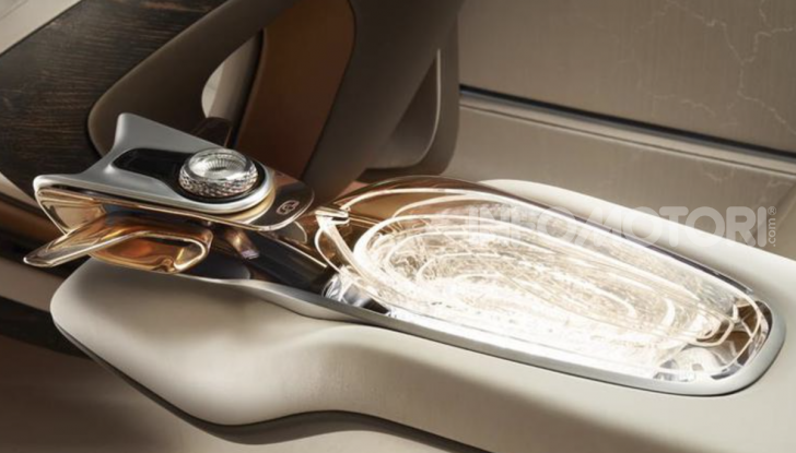 Bentley EXP 100 GT festeggia i 100 anni del brand - Foto 1 di 9