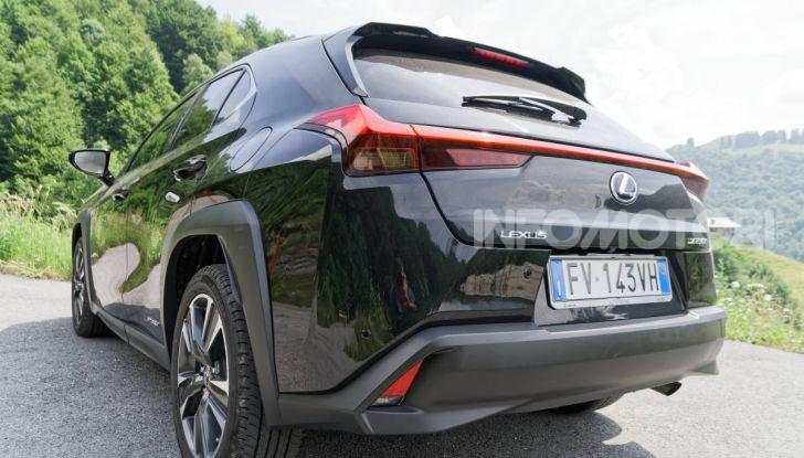 [VIDEO] Lexus UX 250h, il premium hybrid ha l'asso nella manica! - Foto 15 di 58