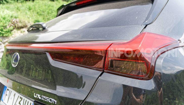 [VIDEO] Lexus UX 250h, il premium hybrid ha l'asso nella manica! - Foto 41 di 58