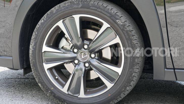 [VIDEO] Lexus UX 250h, il premium hybrid ha l'asso nella manica! - Foto 54 di 58