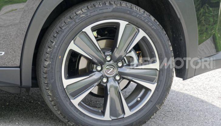 [VIDEO] Lexus UX 250h, il premium hybrid ha l'asso nella manica! - Foto 55 di 58