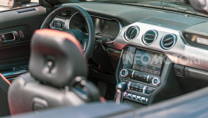 [VIDEO] Prova Ford Mustang da 450CV: Il Cavallo di Razza Americano! - Foto 6 di 36