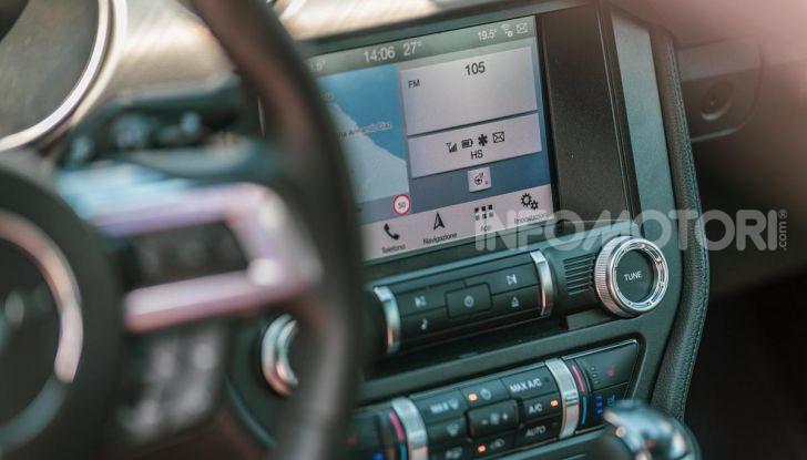[VIDEO] Prova Ford Mustang da 450CV: Il Cavallo di Razza Americano! - Foto 12 di 36