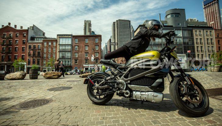 Harley Davidson LiveWire, la prima elettrica di Milwaukee arriva in Italia - Foto 1 di 15