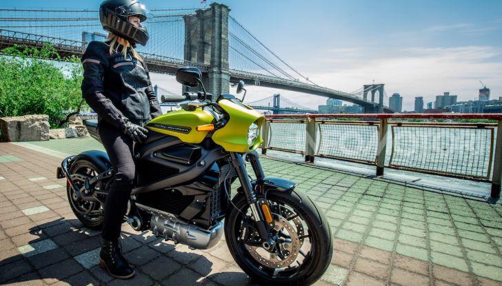 Harley Davidson LiveWire, la prima elettrica di Milwaukee arriva in Italia - Foto 2 di 15