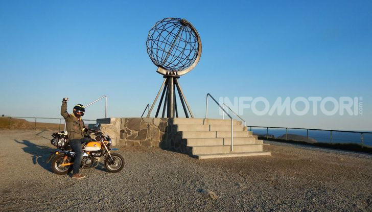 Da Reggio Calabria a Capo Nord con una Honda Monkey 125 - Foto 10 di 20