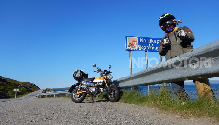 Da Reggio Calabria a Capo Nord con una Honda Monkey 125 - Foto 8 di 20