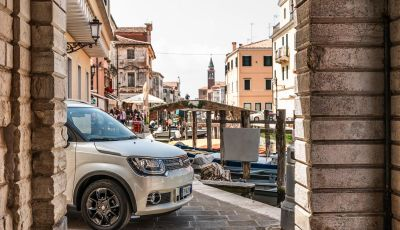[VIDEO] Prova su Strada Suzuki Ignis, il SUV All-Inclusive da 14.200 Euro