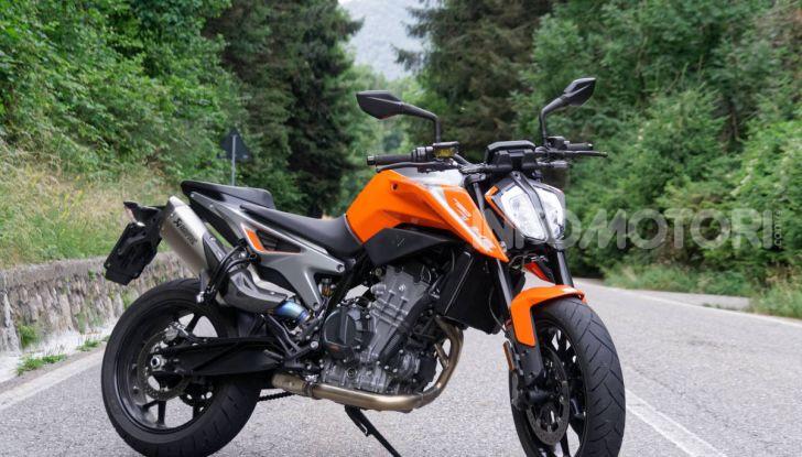 """Prova KTM Duke 790, il """"parcogiochi"""" sotto quota 10 mila (euro)  - Foto 4 di 54"""