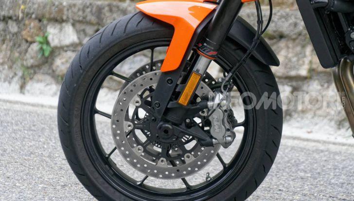 """Prova KTM Duke 790, il """"parcogiochi"""" sotto quota 10 mila (euro)  - Foto 22 di 54"""
