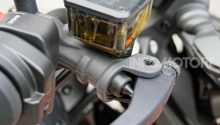 """Prova KTM Duke 790, il """"parcogiochi"""" sotto quota 10 mila (euro)  - Foto 33 di 54"""