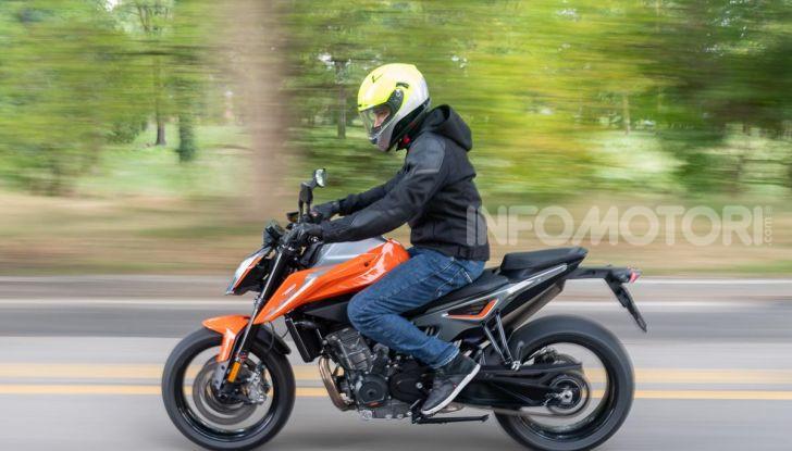 """Prova KTM Duke 790, il """"parcogiochi"""" sotto quota 10 mila (euro)  - Foto 34 di 54"""