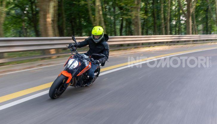 """Prova KTM Duke 790, il """"parcogiochi"""" sotto quota 10 mila (euro)  - Foto 38 di 54"""