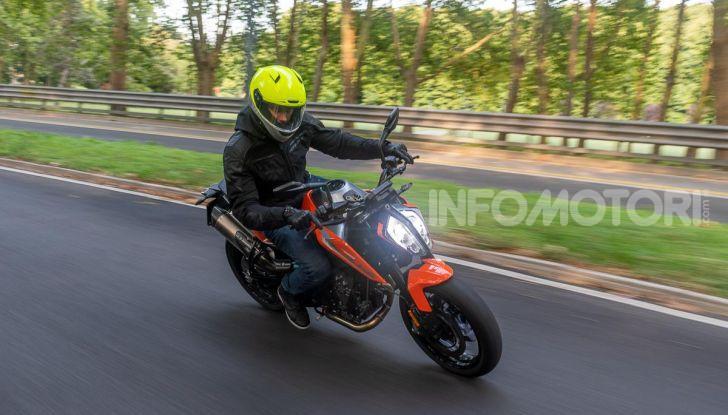 """Prova KTM Duke 790, il """"parcogiochi"""" sotto quota 10 mila (euro)  - Foto 42 di 54"""
