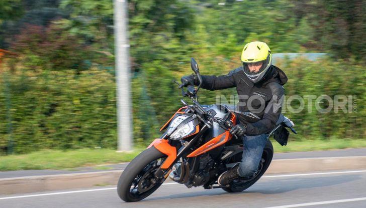 """Prova KTM Duke 790, il """"parcogiochi"""" sotto quota 10 mila (euro)  - Foto 46 di 54"""