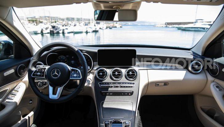 Mercedes-Benz, la prova delle berline compatte 2019 - Foto 12 di 29