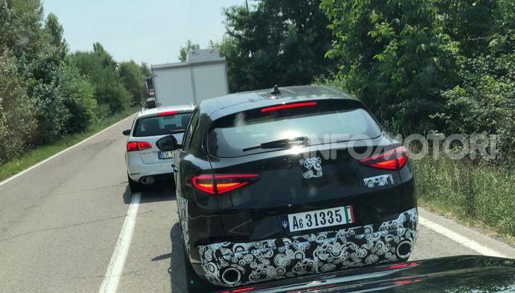 Il SUV compatto Maserati potrebbe debuttare a breve - Foto 1 di 4