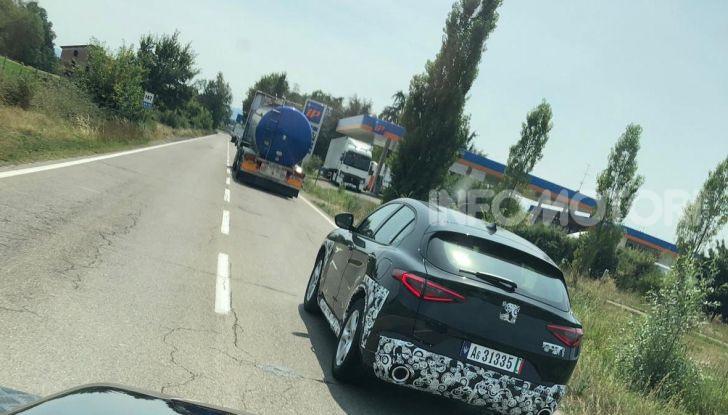 Il SUV compatto Maserati potrebbe debuttare a breve - Foto 4 di 4