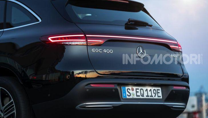 Prova su strada Mercedes-Benz EQC: la prima elettrica del Marchio della Stella - Foto 11 di 31