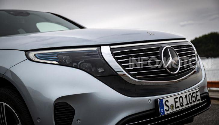 Prova su strada Mercedes-Benz EQC: la prima elettrica del Marchio della Stella - Foto 5 di 31