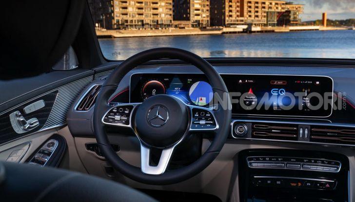 Prova su strada Mercedes-Benz EQC: la prima elettrica del Marchio della Stella - Foto 17 di 31
