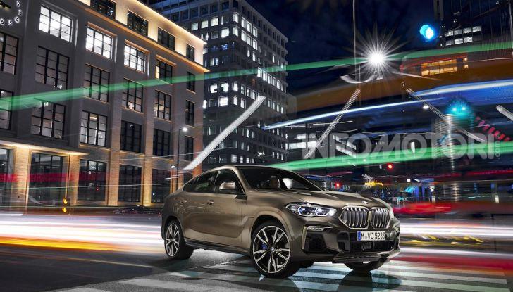 Nuova BMW X6: caratteristiche da Sport Activity Vehicle ed estetica da coupé - Foto 11 di 27