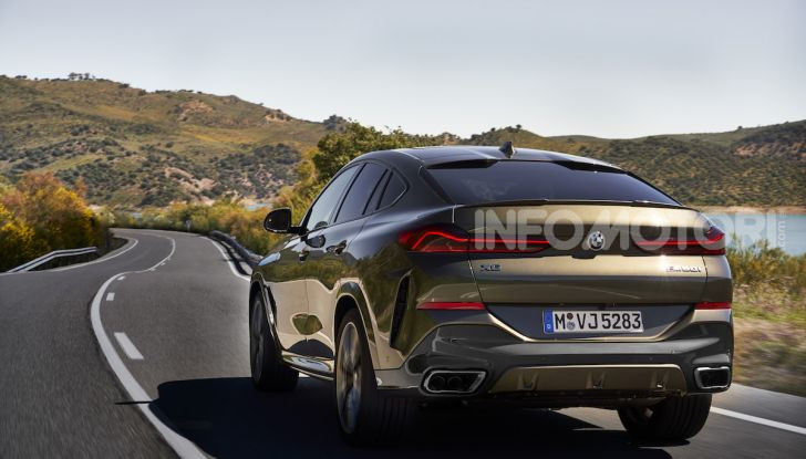 Nuova BMW X6: caratteristiche da Sport Activity Vehicle ed estetica da coupé - Foto 16 di 27