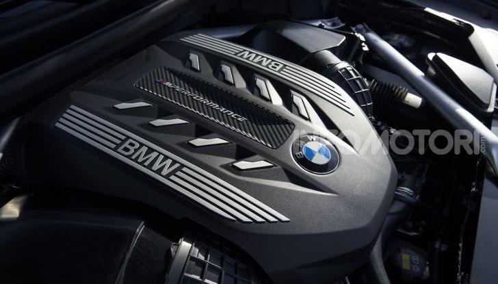 Nuova BMW X6: caratteristiche da Sport Activity Vehicle ed estetica da coupé - Foto 26 di 27