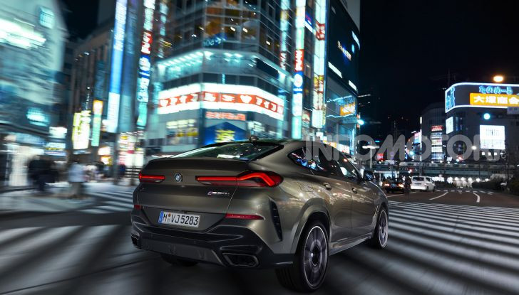 Nuova BMW X6: caratteristiche da Sport Activity Vehicle ed estetica da coupé - Foto 3 di 27